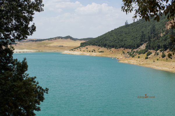 best lakes in Morocco/ lake Aguelmam Azegza